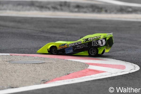 CS-V8-V10-Aigle-2018-F17